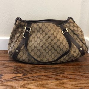 Gucci Abbey Tote handbag with curved bottom